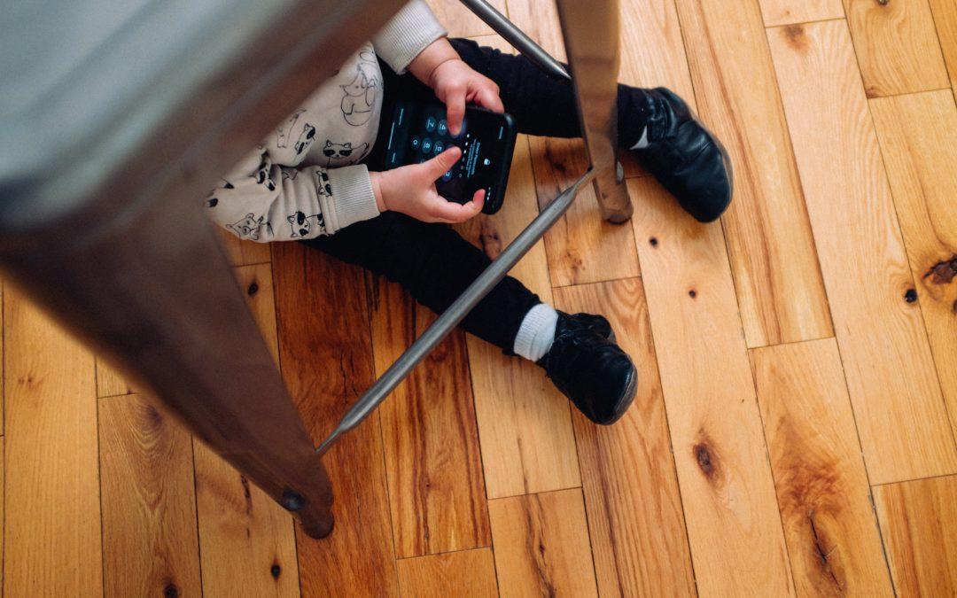 Cum sa lucrezi (mai) eficient de acasa, cu copiii pe langa tine